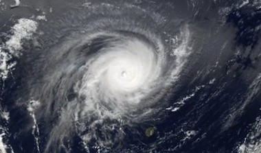 Période cyclonique : comment protéger sa voile ?